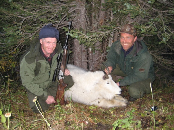 hunting-mountain-goat-canada