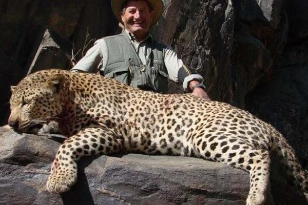 leopard-hunt