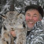 hunting-lynx