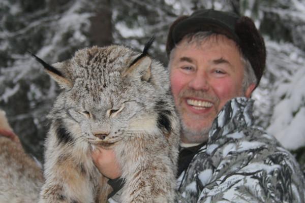 Lynx Hunt in Canada