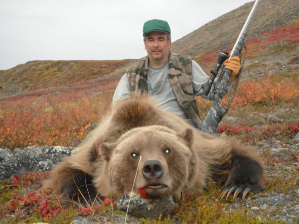 arctic-grizzly-hunt
